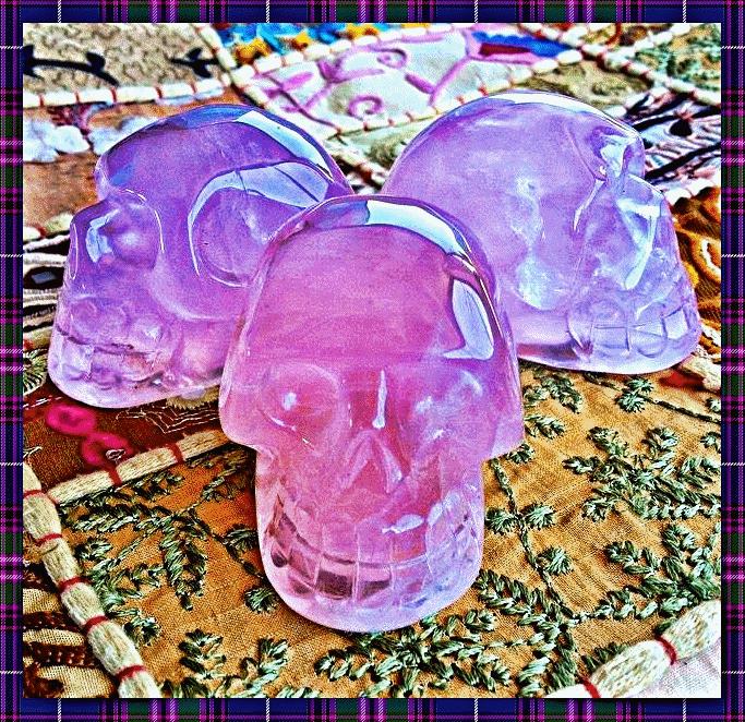 3 skull front blink ani